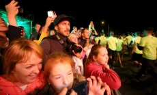 Foto: Spraigā atmosfērā aizvadīta gadskārtējā 'Rīgas Sporta nakts'