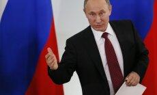 Putins paaugstina savu un Medvedeva algu