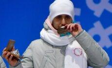 Dopinga skandāls Phjončhanā: krievu kērlingistam atņem medaļu