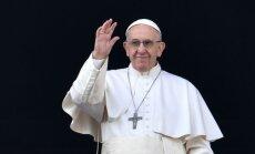 Папа Франциск в рождественском послании призвал к миру в мире