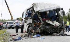 Krievijā divu autobusu sadursmē gājuši bojā 16 cilvēki