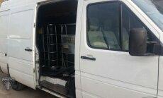 Jūrmalas policisti kādā garāžā uziet 12 tonnas nelegālas dīzeļdegvielas