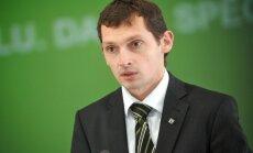 Ja Zaļā partija netiks pie VARAM ministra posteņa, 'zaļo' balsu Straujumas valdībai nebūs, brīdina Silenieks
