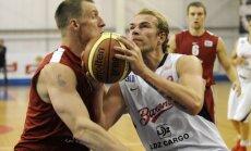 'Barons kvartāls' basketbolisti Keina un Šeļakova debijas mačā sagrauj 'Jelgavu'