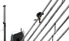 NEPLP lūdz vērtēt LTV un TV3 ētiku par Vanšu tilta iekarotāja lēciena demonstrēšanu