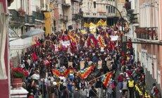 Foto: Protestos Ekvadorā ievainoti 67 policisti, bet 47 protestētāji aizturēti
