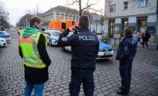 Vācijā evakuē Ziemassvētku tirdziņu, kur atrasts naglām pildīts sainis