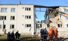 SC deputāti prasa Dombrovskim skaidrot valsts palīdzības nesniegšanu Mālpilī sagruvušās mājas iedzīvotājiem