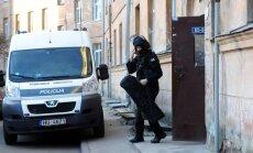 Latvijā uziet divas metadona ražotnes; deviņi aizturētie