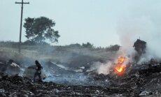 Ukraina nespēj garantēt izmeklētājiem drošu piekļuvi lidmašīnas avārijas vietai, paziņo Malaizijas ministrs
