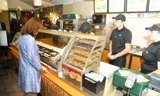 'Subway': 'McDonald's' un 'Hesburger' nav mūsu konkurenti