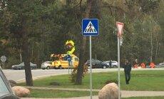Pie Medemciema sadursmē ar auto iet bojā motociklists