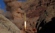 """Иран пообещал обрушить """"дождь из ревущих ракет"""" на противников"""