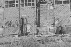 Сибирский фантом: на фото начала ХХ века нашли девочку-привидение