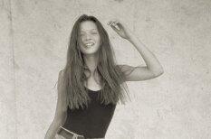 Neredzēti kadri: Jauniņās Keitas Mosas pirmā fotosesija