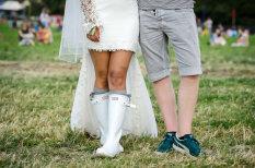Резиновая мода: какие сапоги носили на самом хипстерском фестивале этого года