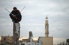 Uguni spļaujošas palestīniešu nindzjas
