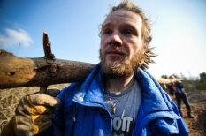 Divi brāļi uz pieciem mēnešiem iemaina civilizāciju pret dzīvi dabā pie Daugavpils