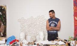Māksla, kas nebaidās sāpju. Saruna ar mākslinieku Erezu Izraelī par holokaustu, vēsturi un drosmi
