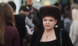 Pasauli uzjautrina krievu politiķes ērmīgā frizūra