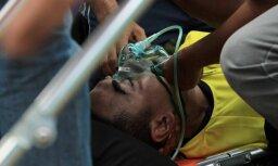Indonēzijā pēc sadursmes ar komandas biedru mirusi vietējā futbola zvaigzne