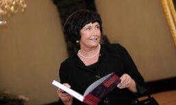 Rīgas biržā būs Aijas Odiņas lekcija 'Manieres un Spānijas karaliskais protokols'