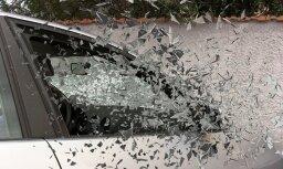 Pārgaujas novadā kravas auto vadītājs iebraucis grāvī un gājis bojā