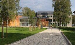 Atklās pārbūvēto Siguldas novada kultūras centru