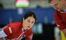 Latvijas jauktā kērlinga komanda pasaules čempionātā neiekļūst astotdaļfinālā