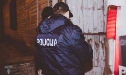 Zolitūdē vīrietis ar gāzes pistoli vairākas reizes iešauj savam paziņam
