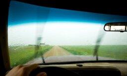 Laba redzamība caur auto stiklu arī rudens un ziemas laikapstākļos
