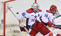 Neskatoties uz uzvaras izlaišanu pamatlaikā, CSKA panāk KHL finālsērijas septīto spēli