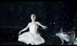 Video: Krievijas balerīnas virtuozā dejā solidarizējas ar 'Matildi'