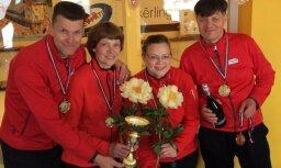 Latvijas kērlinga čempionātā jauktajām komandām uzvar SK OB/Regža