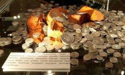Fotoreportāža: Ventspilī iespējams lūkot, kā 'nauda žāvējas'