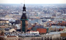 Ugunsdrošības noteikumi Rīgā liegs atvērt 15 āra kafejnīcas