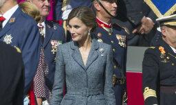 Foto: Spānijas karaliene svētkos apbur ar eleganci