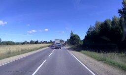 Video kā brīdinājums citiem šoferiem – bīstamā apdzīšana Krustpils novadā