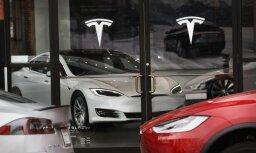 'Tesla' naudu 'dedzina' ar ātrumu 480 tūkstoši dolāru stundā