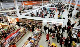 Aptauja: iepērkoties iedzīvotāji arvien biežāk priekšroku dod Latvijas produktiem