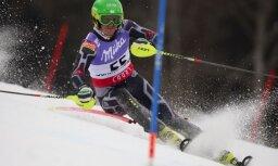 Kristaps Zvejnieks trešajā vietā FIS slalomā Krievijā