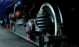 ЧП в Иманте: поезд сбил человека, движение в Юрмальском направлении временно затруднено