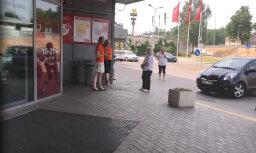 Video: Tirdzniecības centrā 'Jugla' putekļi iedarbina signalizāciju; evakuē cilvēkus