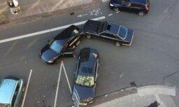 ЧП в центре Риги: депутат Кайминьш попал в аварию