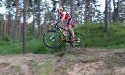 Biķernieku mežā atklāta trase velosipēdistiem