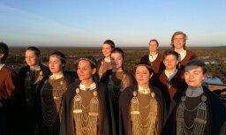 Noskaties! Koris 'Balsis' portretē patieso Latviju un publicē savu pirmo videoklipu
