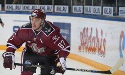Rīgas 'Dinamo' pamatīga ofensīva pēdējā periodā neglābj komandu no zaudējuma