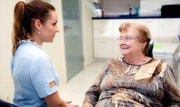 Latvijas iedzīvotāji pozitīvi novērtē ārstēšanu ar zobu implantiem un jaunos zobu protēžu stiprinājumus
