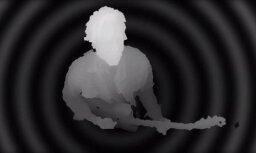 Mūziķi uzņem 'maģisku' klipu ar optisko ilūziju