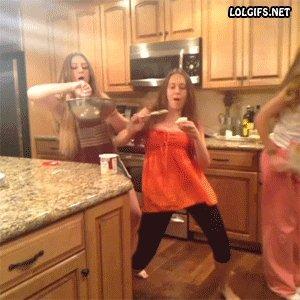Sievietes virtuvē...